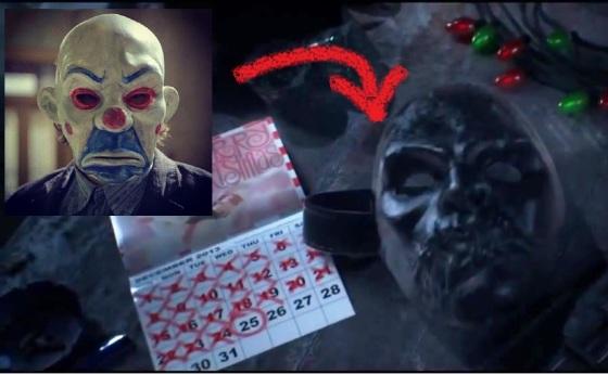 Assaltantes de banco com máscaras do chefe. Antes Joker. agora Máscara Negra