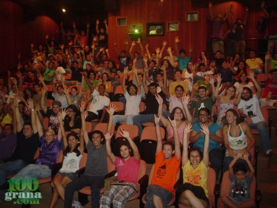 Público do Trashback 2009. Gente pra tudo quanto é lado!